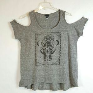 Torrid Gray Graphic Print Cold Shoulder Top Size 0